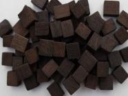Щепа дубовая (сильный обжиг) (фракция кубической формы) 100 грамм